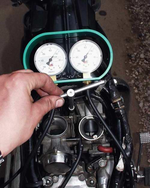 Синхронизация карбюраторов на мотоцикле своими руками